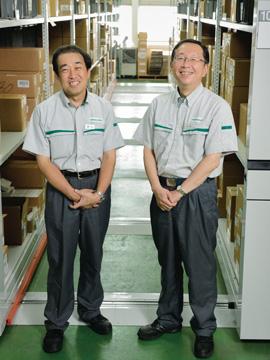 Sección de recambios: Kouzou Hiroyama , Massaki Takas